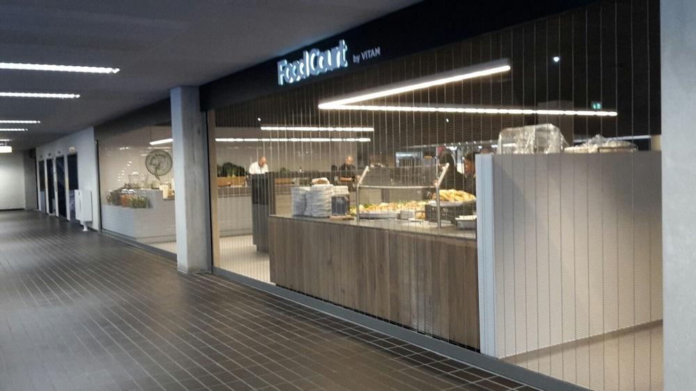 Foodcourt AMC Ziekenhuis project designweefselrolhekken